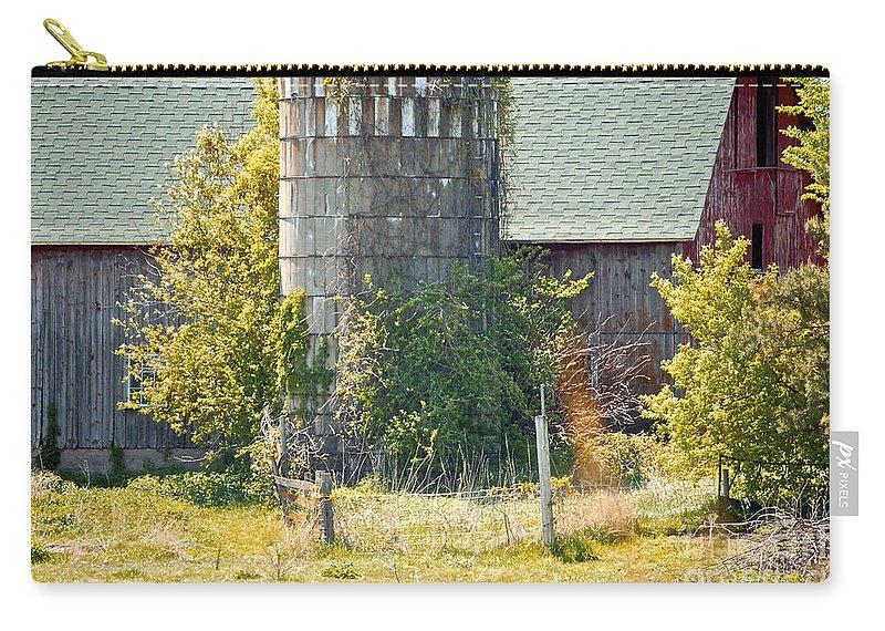 Silo Carry-all Pouch featuring the photograph Wooden Silo by Faith Harron Boudreau