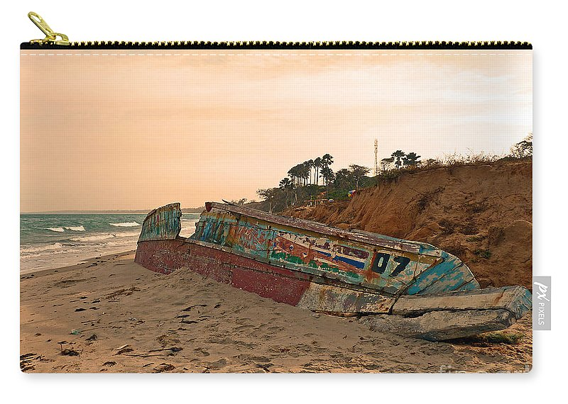 Pirogue Carry-all Pouch featuring the photograph Wreck by Jane McGowan