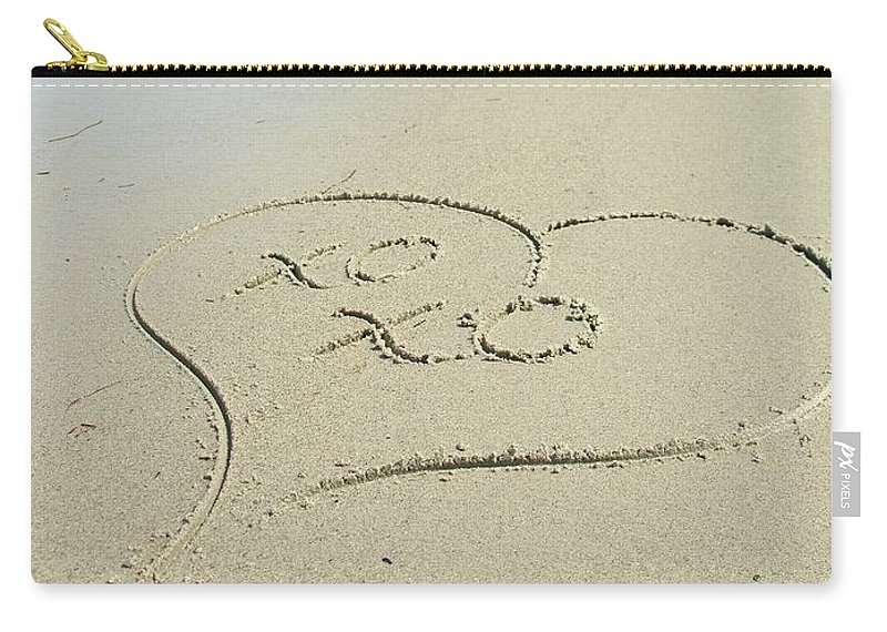 Xoxo Carry-all Pouch featuring the photograph Xoxo - Message Written In The Sand by Natasha Sweetapple