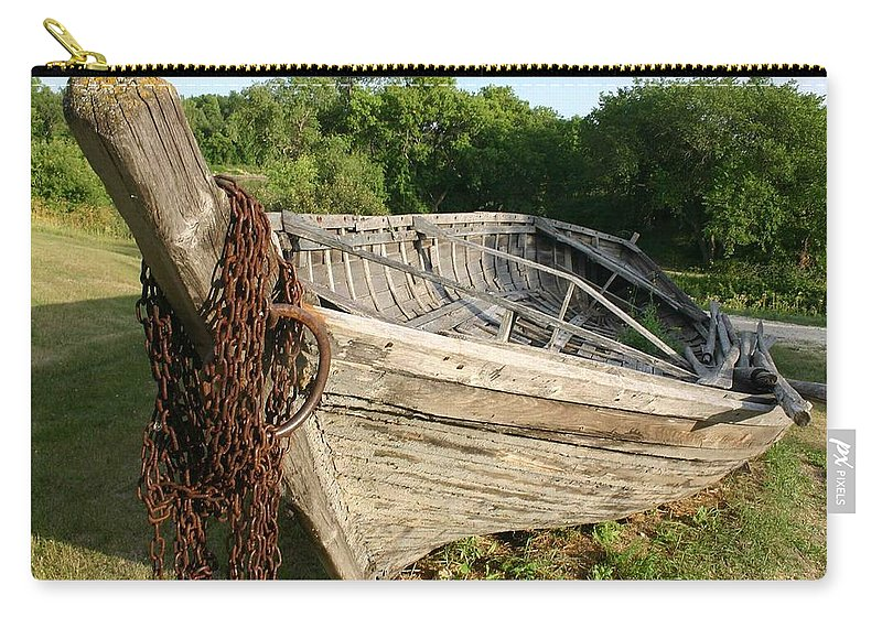 York Boat Carry-all Pouch featuring the photograph York Boat - Fort Garry by Nelson Strong
