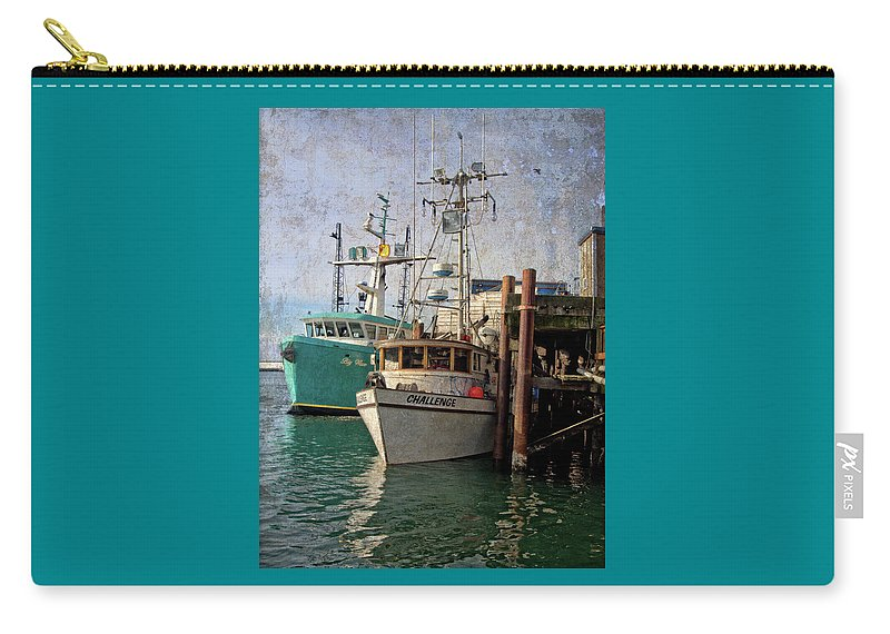 Newport Carry-all Pouch featuring the photograph Challenge by Thom Zehrfeld