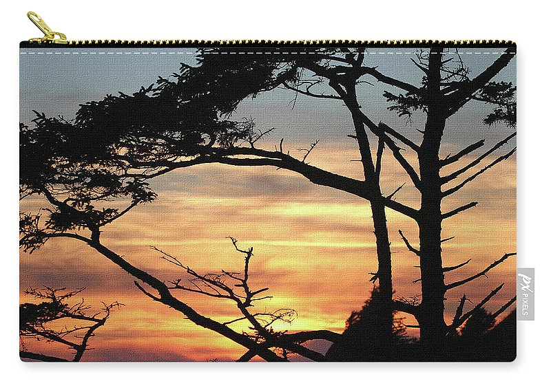 Oregon Coast Sunset Carry-all Pouch featuring the digital art Oregon Coast Sunset by Tom Janca