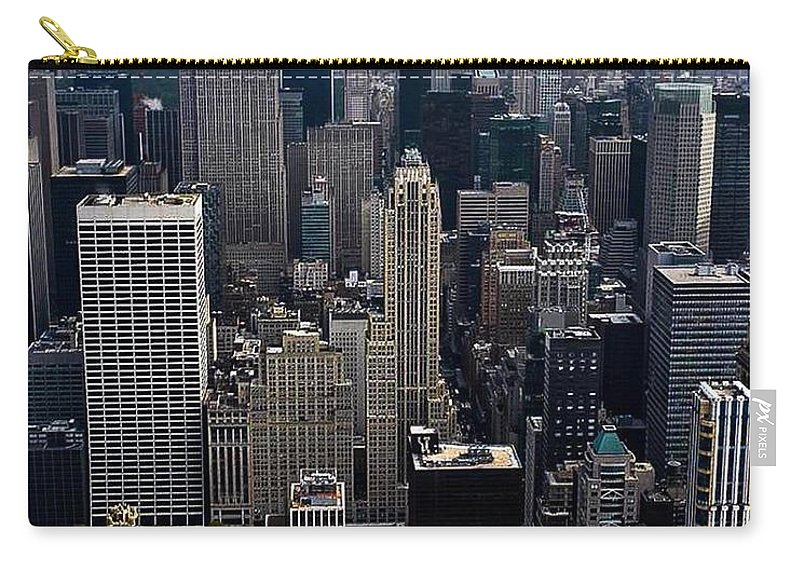 New York City Carry-all Pouch featuring the photograph Sky High by Sonia Pizzinelli