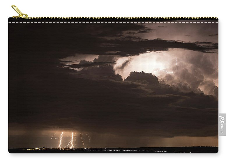 Wilcox Carry-all Pouch featuring the photograph A Striking View by Cathy Franklin