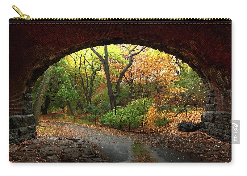Arch Carry-all Pouch featuring the photograph Autumn Fall In Central Park by Ahmad Abdul-karim Photography