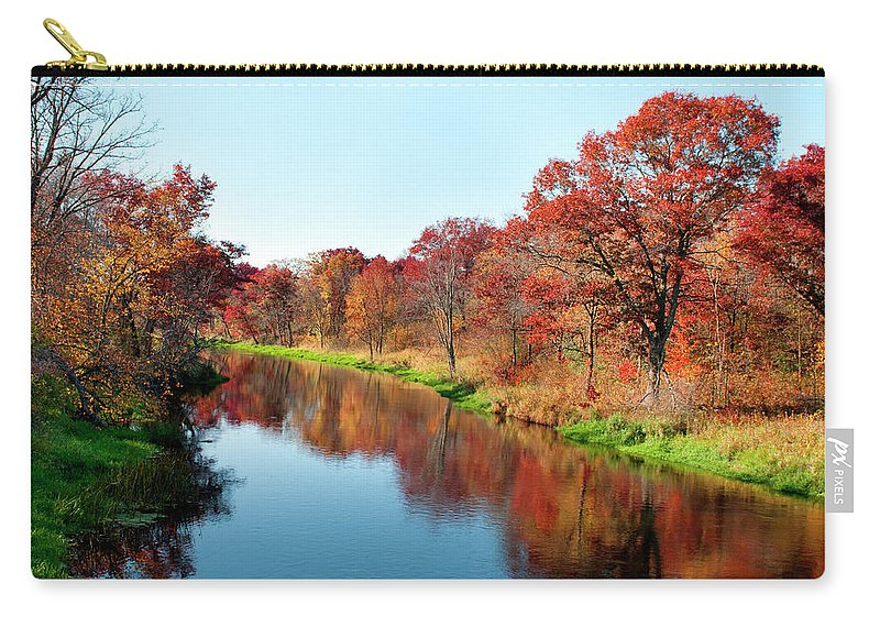 Water's Edge Carry-all Pouch featuring the photograph Autumn In Wisconsin by Jenniferphotographyimaging