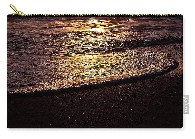Humboldt Carry-all Pouch featuring the photograph Catch A Wave by Jillian Butolph