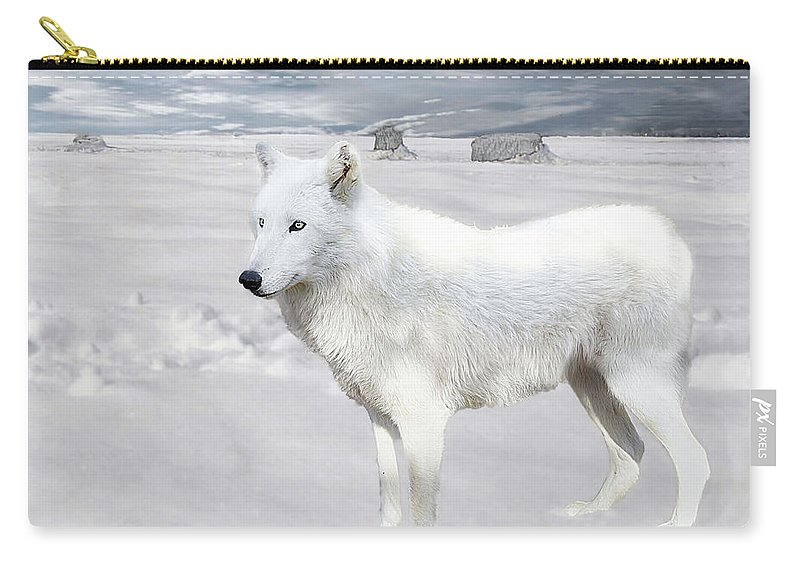 Wolf Carry-all Pouch featuring the photograph Cold by Jeannee Gannuch