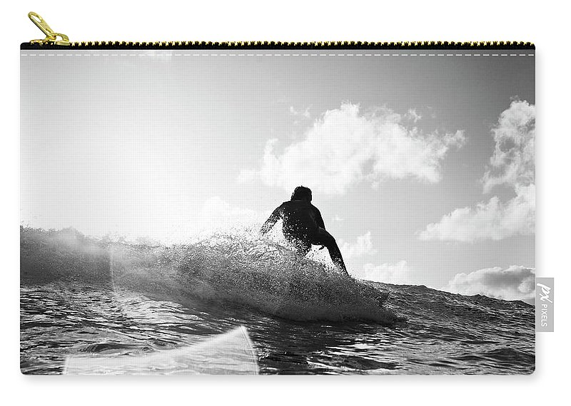 Three Quarter Length Carry-all Pouch featuring the photograph Crouching by Mark Leary