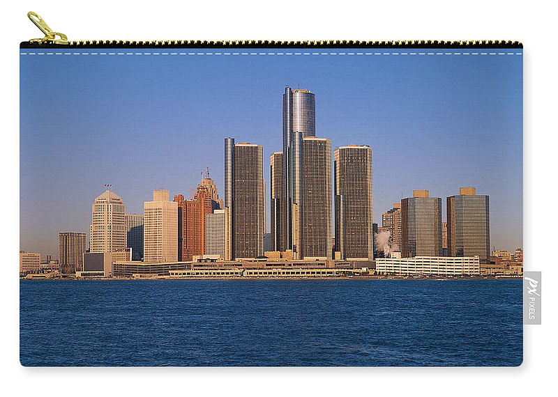 Detroit Carry-all Pouch featuring the photograph Detroit Buildings On The Water by Visionsofamerica/joe Sohm