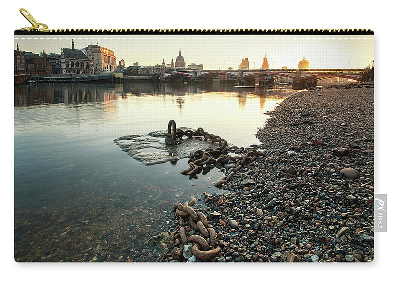 Scenics Carry-all Pouch featuring the photograph Draining The Thames by Ray Wise