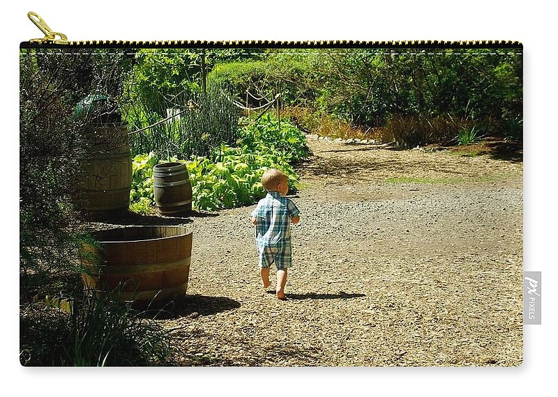 Carry-all Pouch featuring the photograph Explore, Edgefield Garden by Amber Hahn