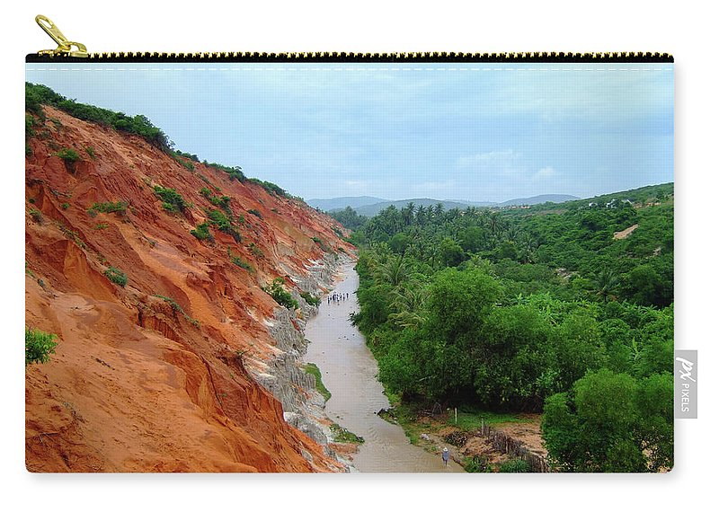Tranquility Carry-all Pouch featuring the photograph Fairy Springs In Mui Ne by Thomas Davis