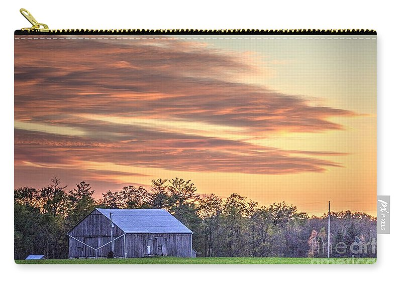 Ontario Carry-all Pouch featuring the photograph Farm From Beyond 2 by John Scatcherd