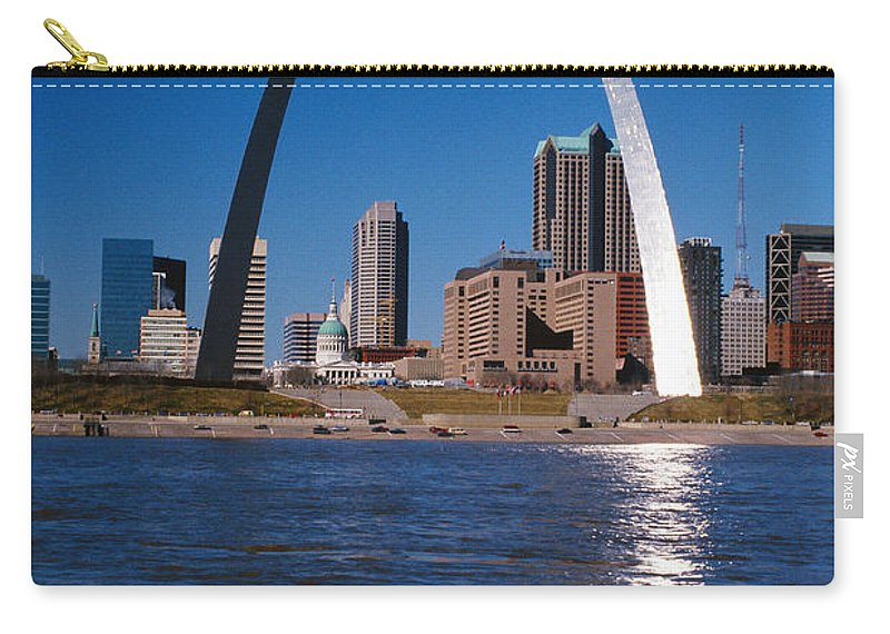Arch Carry-all Pouch featuring the photograph Gateway Arch In St Louis, Missouri by Stockbyte