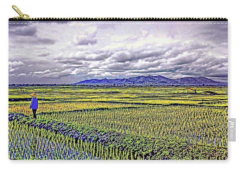 Rice Carry-all Pouch featuring the photograph Heartland by Steve Harrington