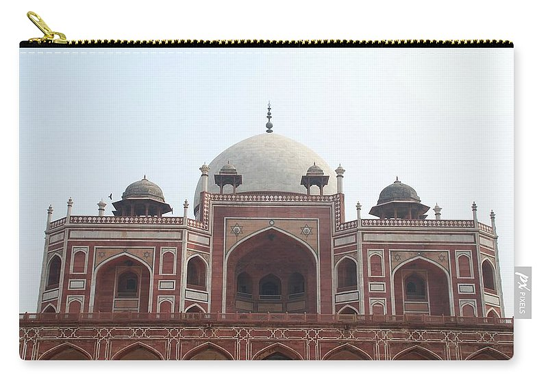Arch Carry-all Pouch featuring the photograph Humayuns Tomb, Delhi by Brajeshwar.me