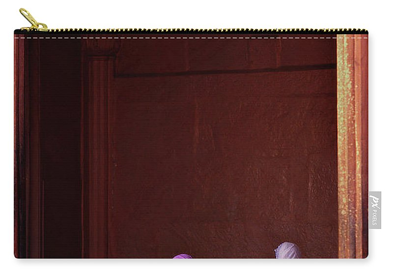 Hanging Carry-all Pouch featuring the photograph India - Jama Masjid Mosque by Sergio Pessolano