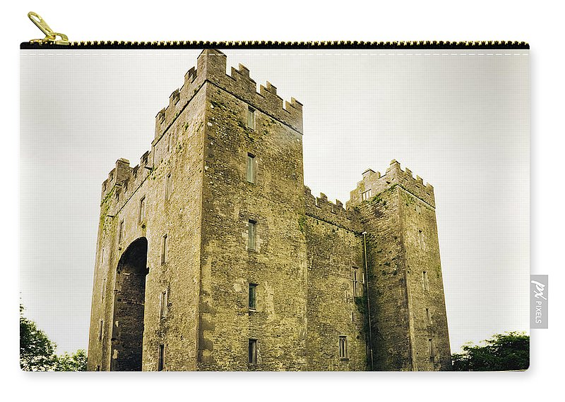 Bunratty Castle Carry-all Pouch featuring the photograph Ireland Bunratty Castle In County by Alantobey