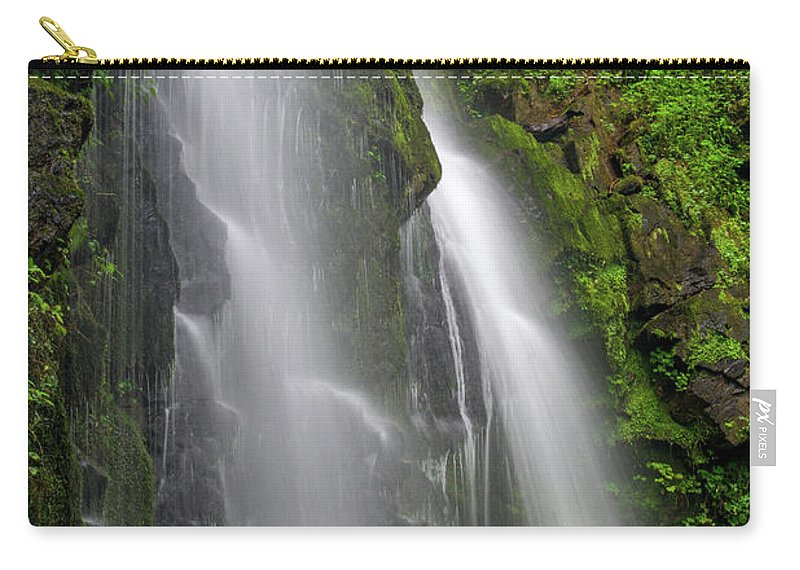 Lee Falls Carry-all Pouch featuring the photograph Lee Falls Close Up by Robert J Wagner