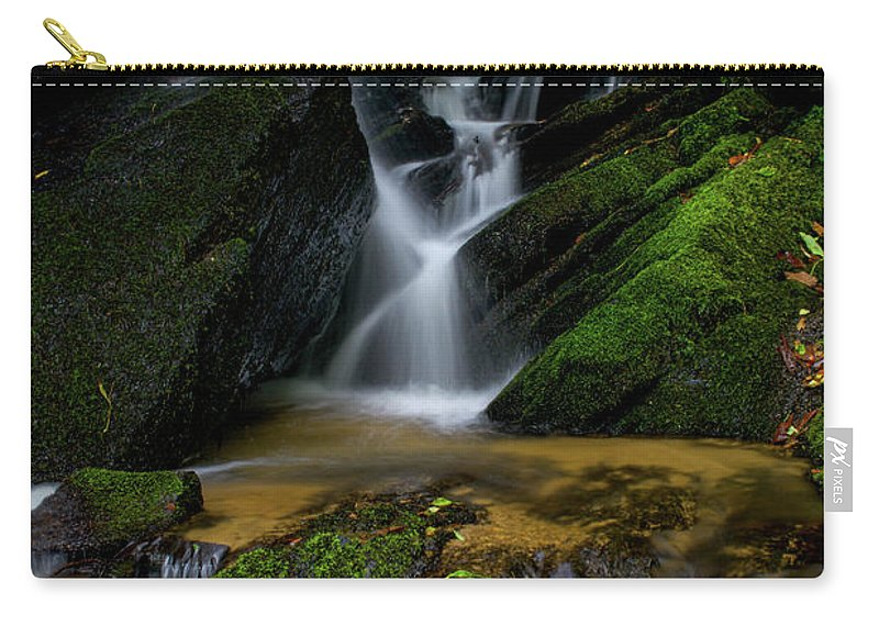 Lee Falls Carry-all Pouch featuring the photograph Lee Fall's Lush Vegetation by Robert J Wagner