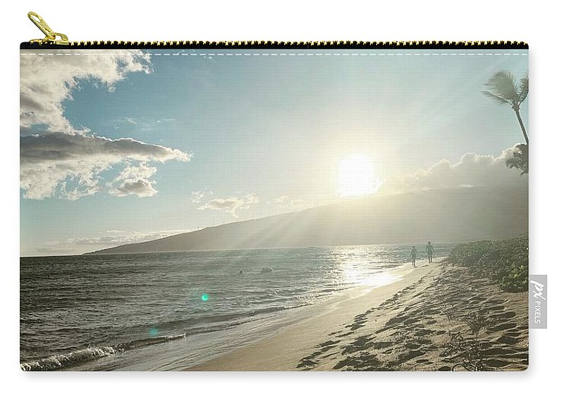Hawaii Carry-all Pouch featuring the photograph Maui by Kristin Rogers