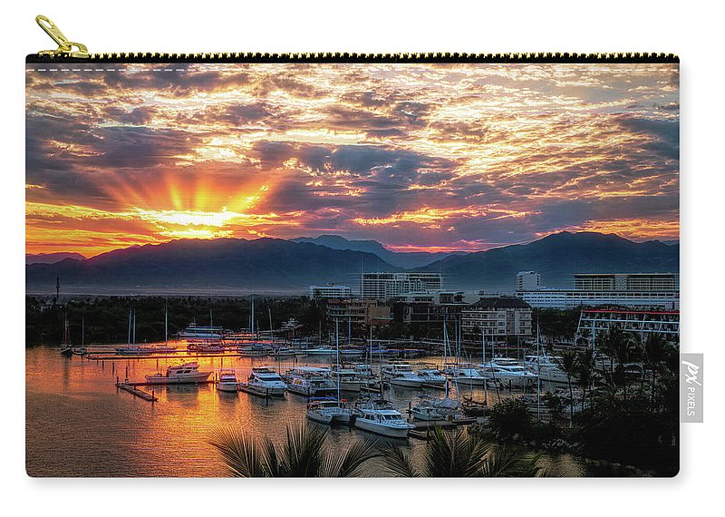 Attraction Carry-all Pouch featuring the photograph Morning Rays by Paul LeSage