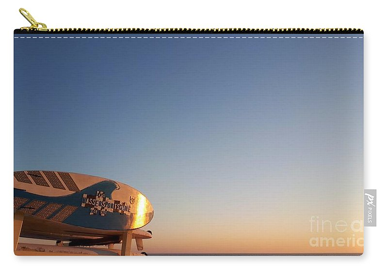 Surfers Point Carry-all Pouch featuring the photograph Morning Sun by Leonore VanScheidt