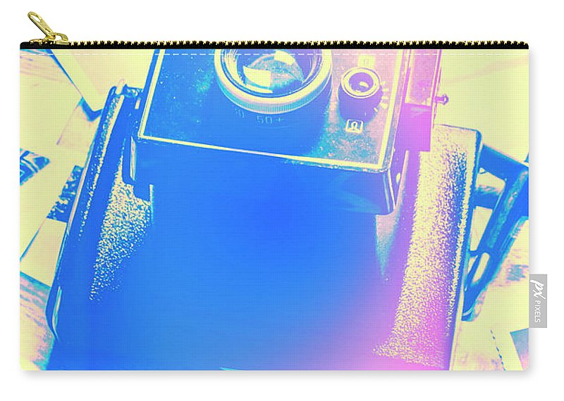 Pop Art Carry-all Pouch featuring the photograph Polarised Pop Art by Jorgo Photography - Wall Art Gallery