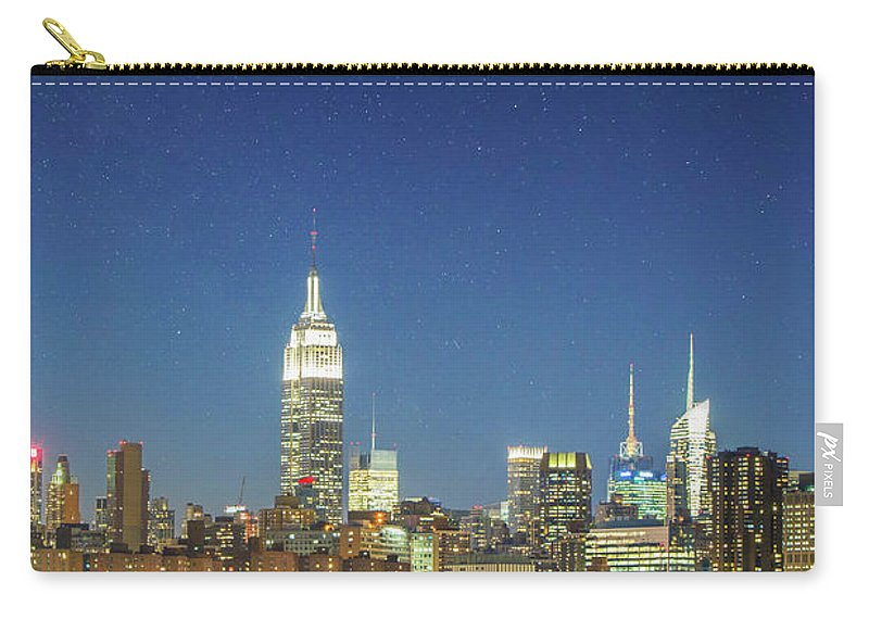 Scenics Carry-all Pouch featuring the photograph Shiny New York by Xavierarnau