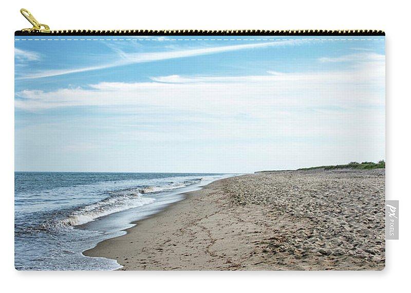 Siasconset Beach Carry-all Pouch featuring the photograph Siasconset Beach - Nantucket Massachusetts by Brendan Reals
