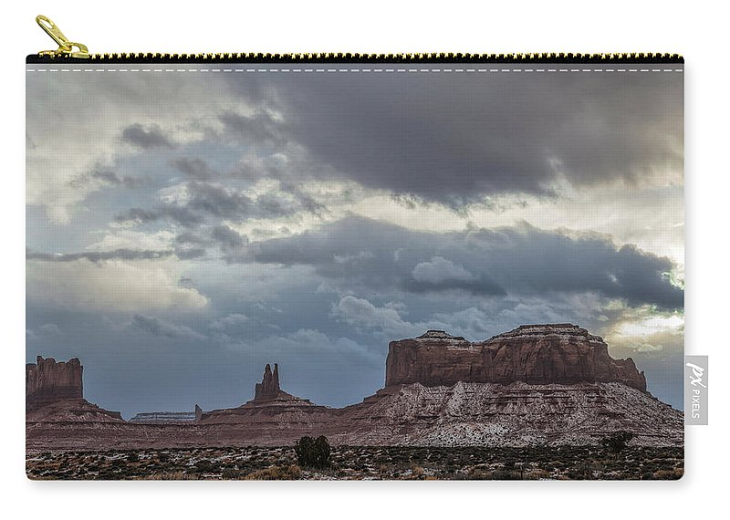 Utah Carry-all Pouch featuring the photograph Stagecoach To Saddleback by Mike Herdering