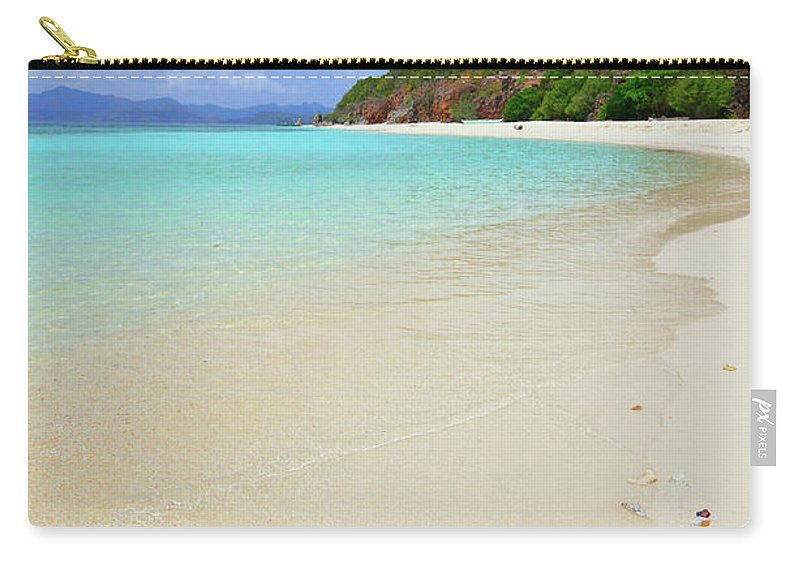Water's Edge Carry-all Pouch featuring the photograph Starfish On Beach Sand by Joyoyo Chen
