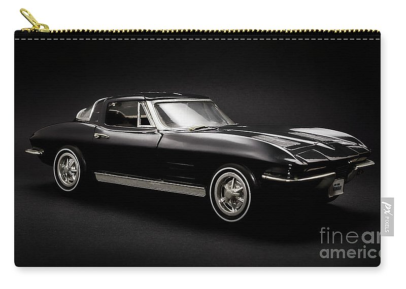 Car Carry-all Pouch featuring the photograph Stingray Style by Jorgo Photography - Wall Art Gallery