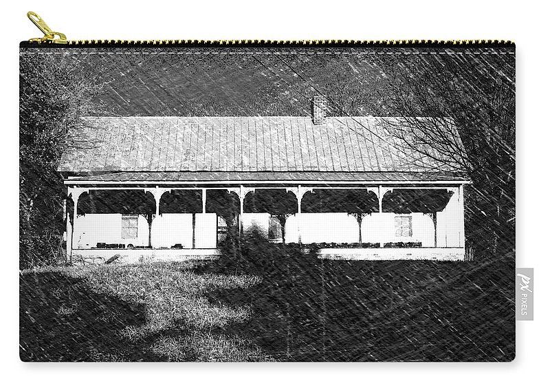 Buildings Carry-all Pouch featuring the photograph Stonecypher House by Dick Goodman