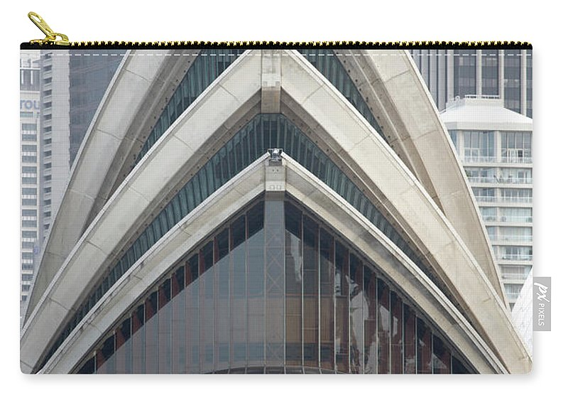Built Structure Carry-all Pouch featuring the photograph Sydney Opera House by Andrew Holt