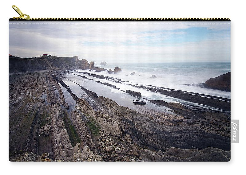 Scenics Carry-all Pouch featuring the photograph Taste Of The Sea by David Díez Barrio