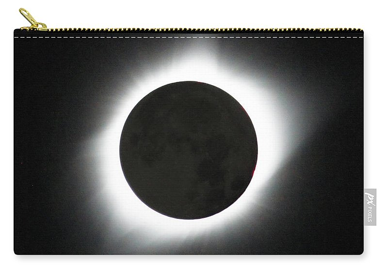 Solar Eclipse Carry-all Pouch featuring the photograph The great American Eclipse by Nunzio Mannino