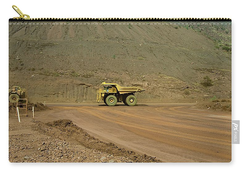 Southern Hemisphere Carry-all Pouch featuring the photograph Tom Price Earthmover by Samvaltenbergs