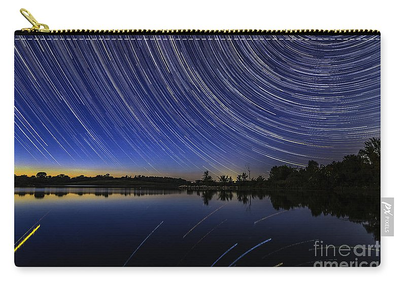 Iowa Carry-all Pouch featuring the photograph Twilight's End by Willard Sharp