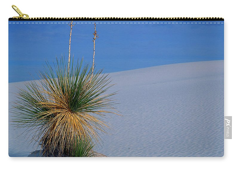 Background Carry-all Pouch featuring the photograph Yucca Plant In Sand Dunes In White Sands National Monument, New Mexico - Newm500 00112 by Kevin Russell