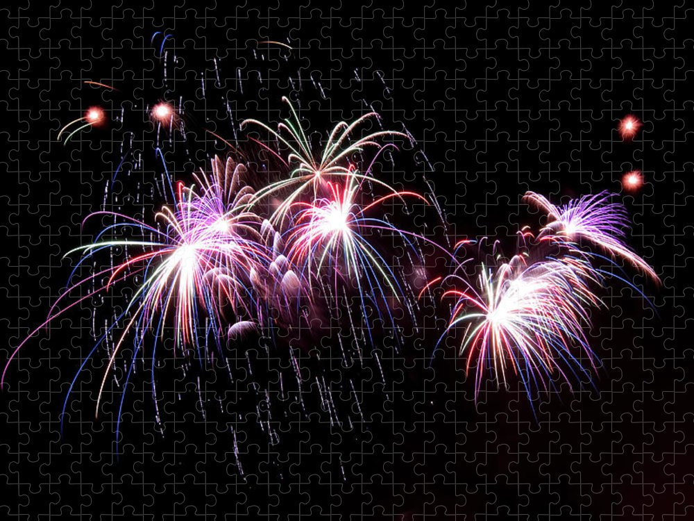 Firework Display Puzzle featuring the photograph Chicago Fireworks by 400tmax