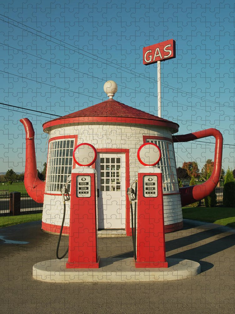 Outdoors Puzzle featuring the photograph Historic Teapot Gas Station by Kevin Schafer