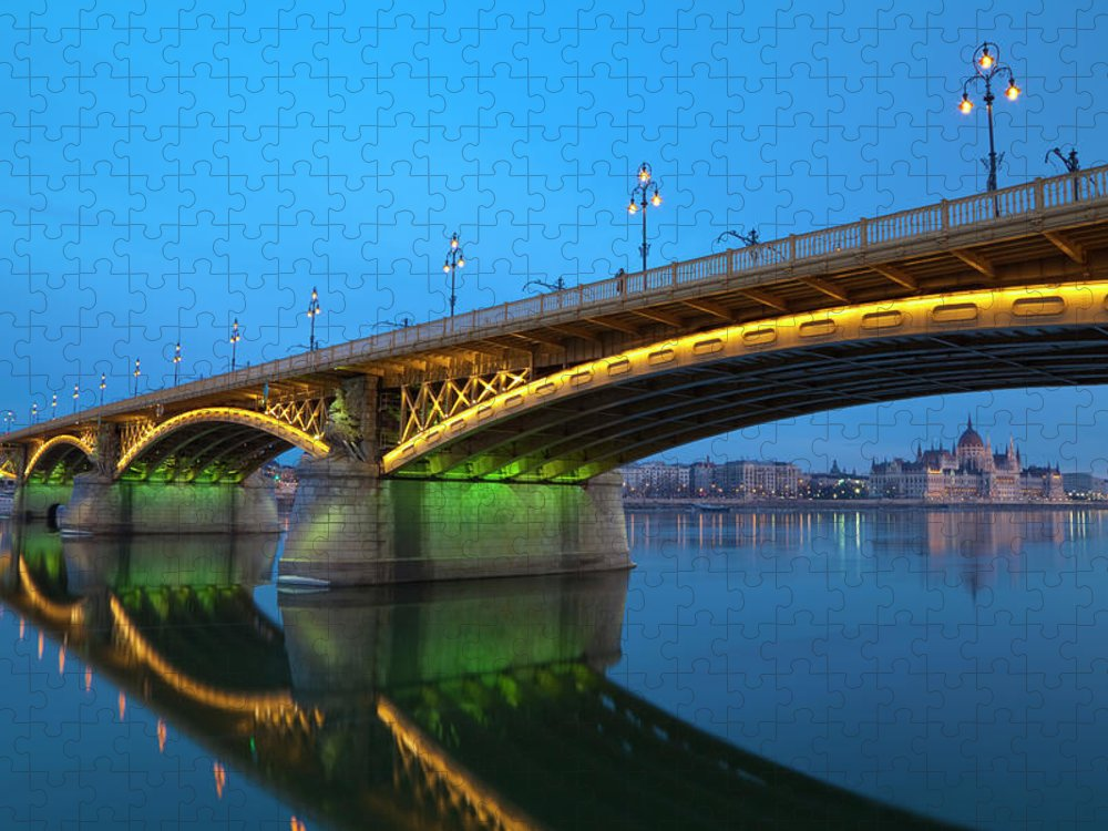 Town Puzzle featuring the photograph Margaret Bridge And The Parliament by Focusstock