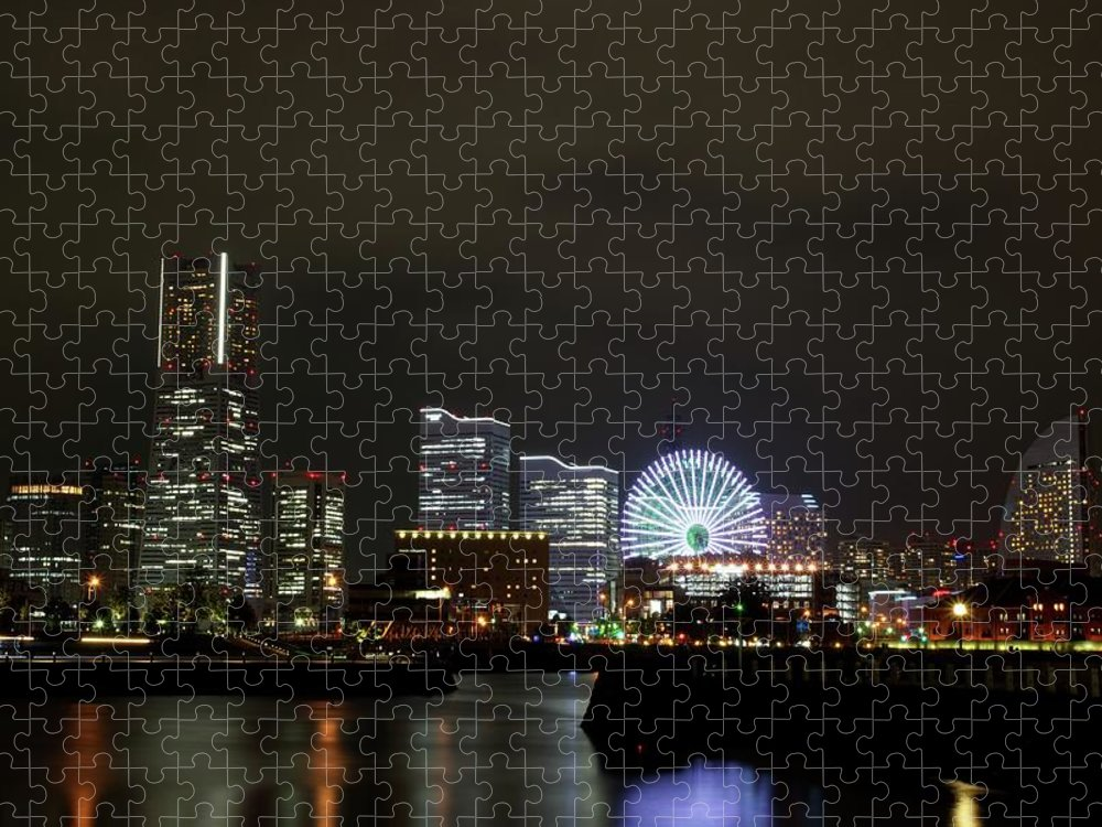 Tranquility Puzzle featuring the photograph Minato-mirai by Takuya.skd