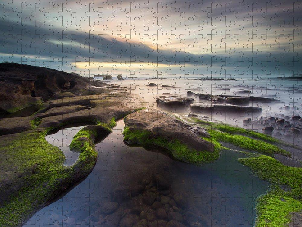 Scenics Puzzle featuring the photograph Seascape Bali by Www.tonnaja.com