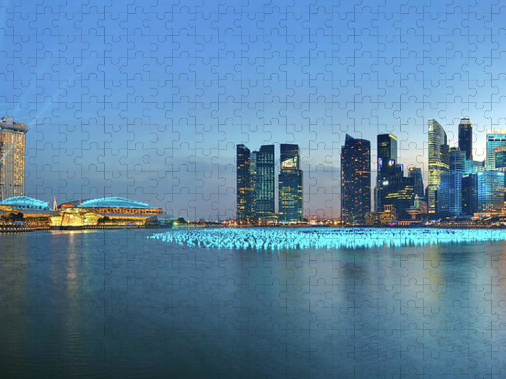 Tranquility Puzzle featuring the photograph Singapore Marina Bay by Fiftymm99