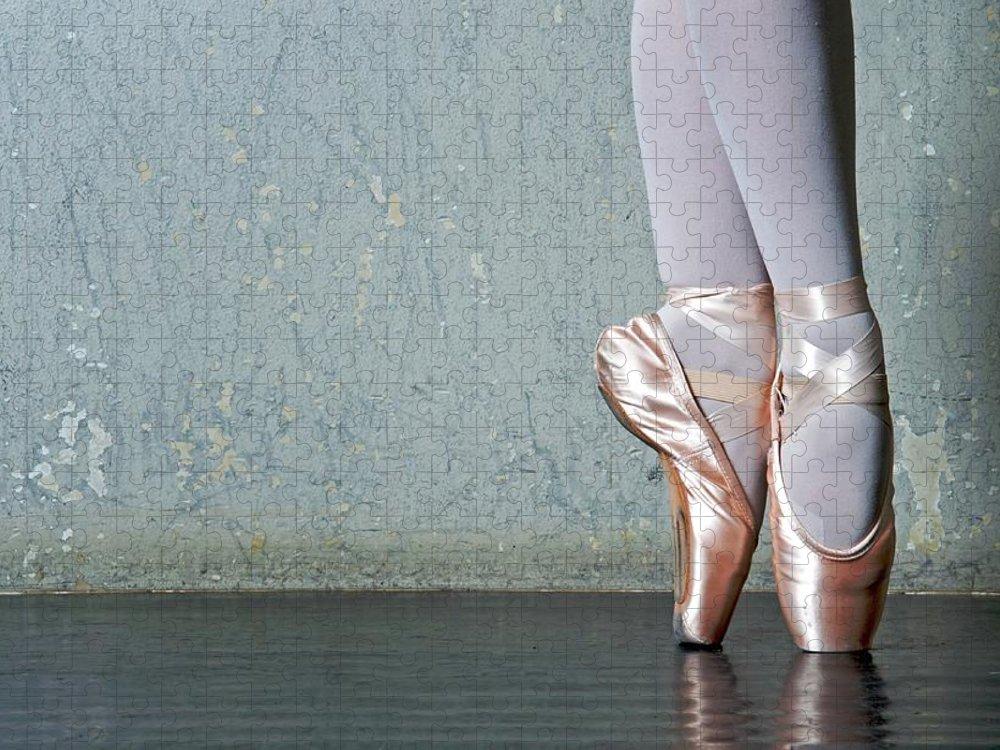 Ballet Dancer Puzzle featuring the photograph Ballet Dancers Feet En Pointe by Dlewis33