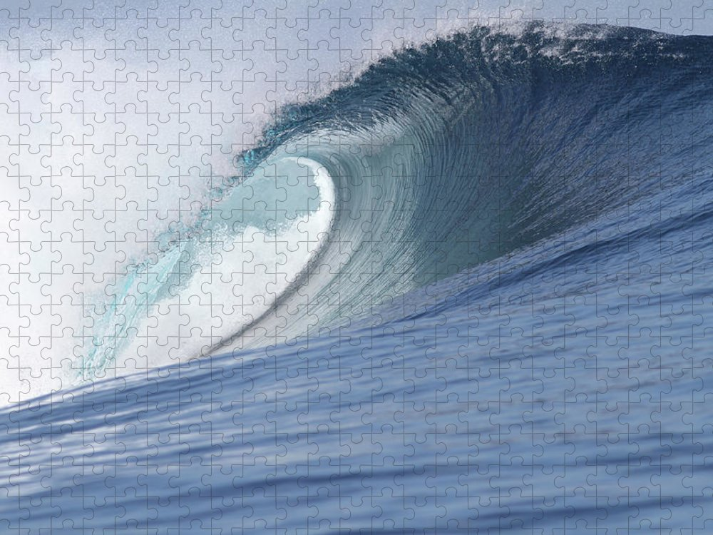 Spray Puzzle featuring the photograph Perfect Wave by Reniw-imagery