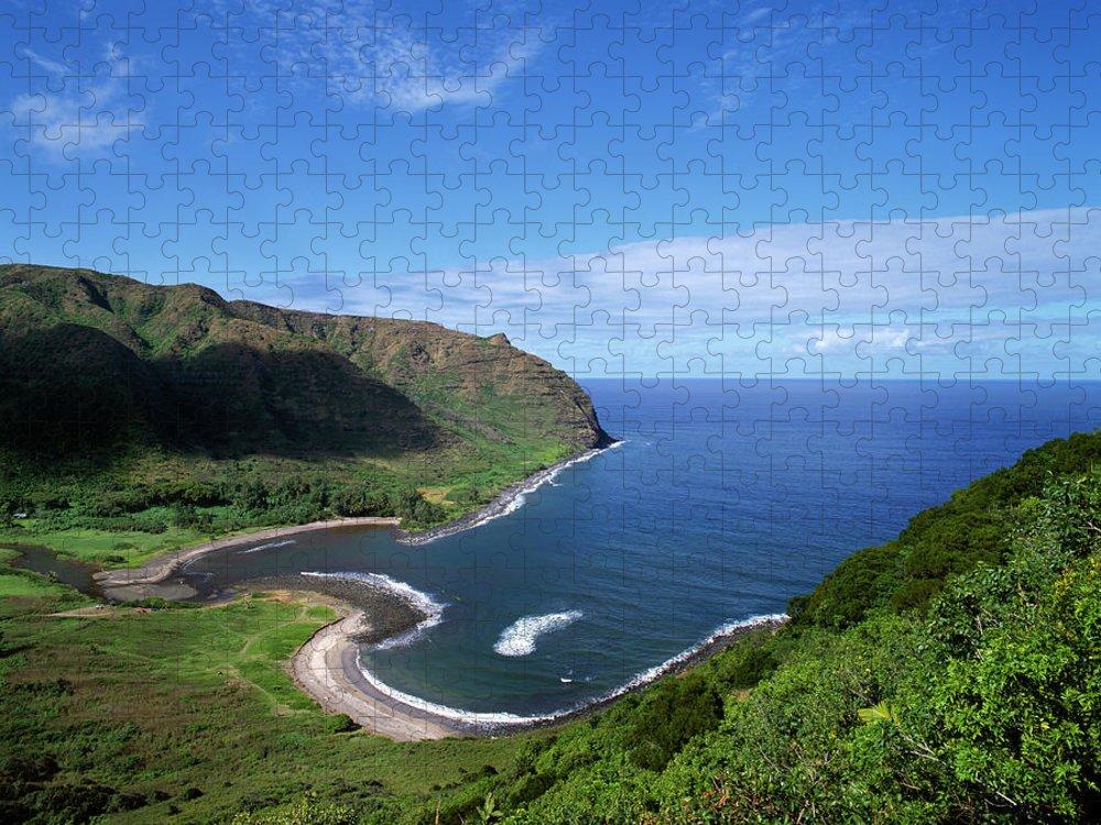 Scenics Puzzle featuring the photograph Usa, Hawaiian Islands, Molokai, Halawa by Maremagnum